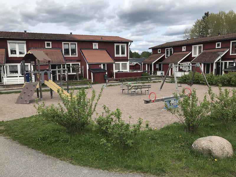 Lekplats på Solstrålevägen i Storvreta